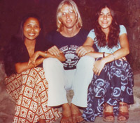 Guests at Murni's Warung in 1975.